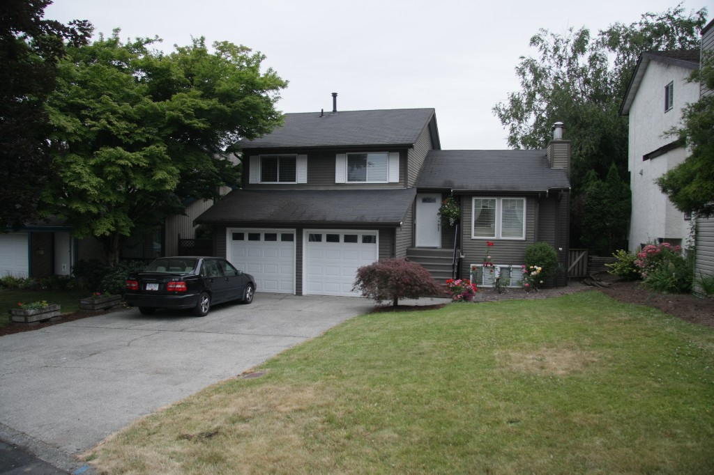 Main Photo: 31419 Springhill Court in Abbotsford: Abbotsford West House for sale : MLS® # R2188664