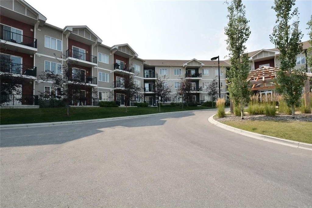 Main Photo: 1231 1540 SHERWOOD Boulevard NW in Calgary: Sherwood Condo for sale : MLS® # C4133168