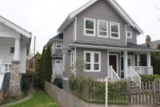 Main Photo: 2727 W 8TH Avenue in Vancouver: Kitsilano House 1/2 Duplex for sale (Vancouver West)  : MLS®# R2255865