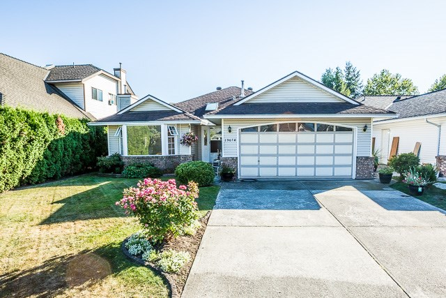 "Main Photo: 19674 SOMERSET Drive in Pitt Meadows: Mid Meadows House for sale in ""SOMERSET"" : MLS® # R2112889"