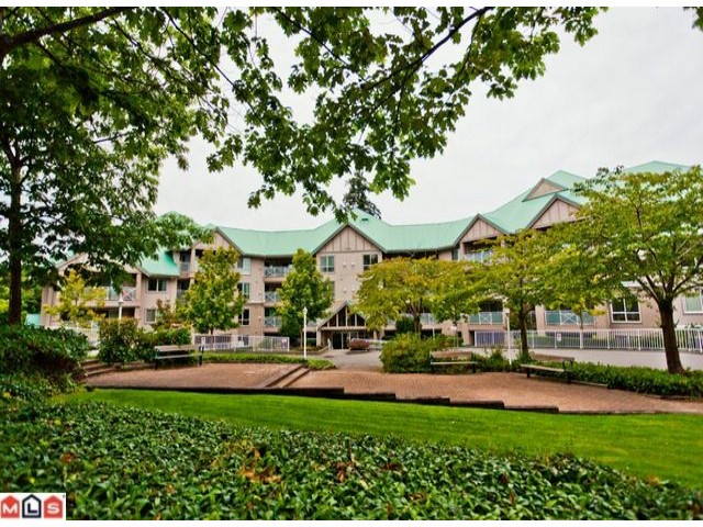 "Main Photo: 314 15150 29A Avenue in Surrey: King George Corridor Condo for sale in ""SANDS"" (South Surrey White Rock)  : MLS®# F1123171"