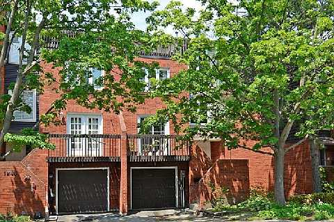 Main Photo: 1241 Cornerbrook Place in Mississauga: Erindale House (3-Storey) for sale : MLS® # W2923195