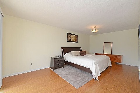 Photo 11: 1241 Cornerbrook Place in Mississauga: Erindale House (3-Storey) for sale : MLS® # W2923195