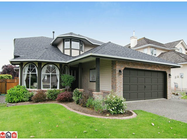 "Main Photo: 21517 87TH Avenue in Langley: Walnut Grove House for sale in ""FOREST HILLS"" : MLS®# F1117693"
