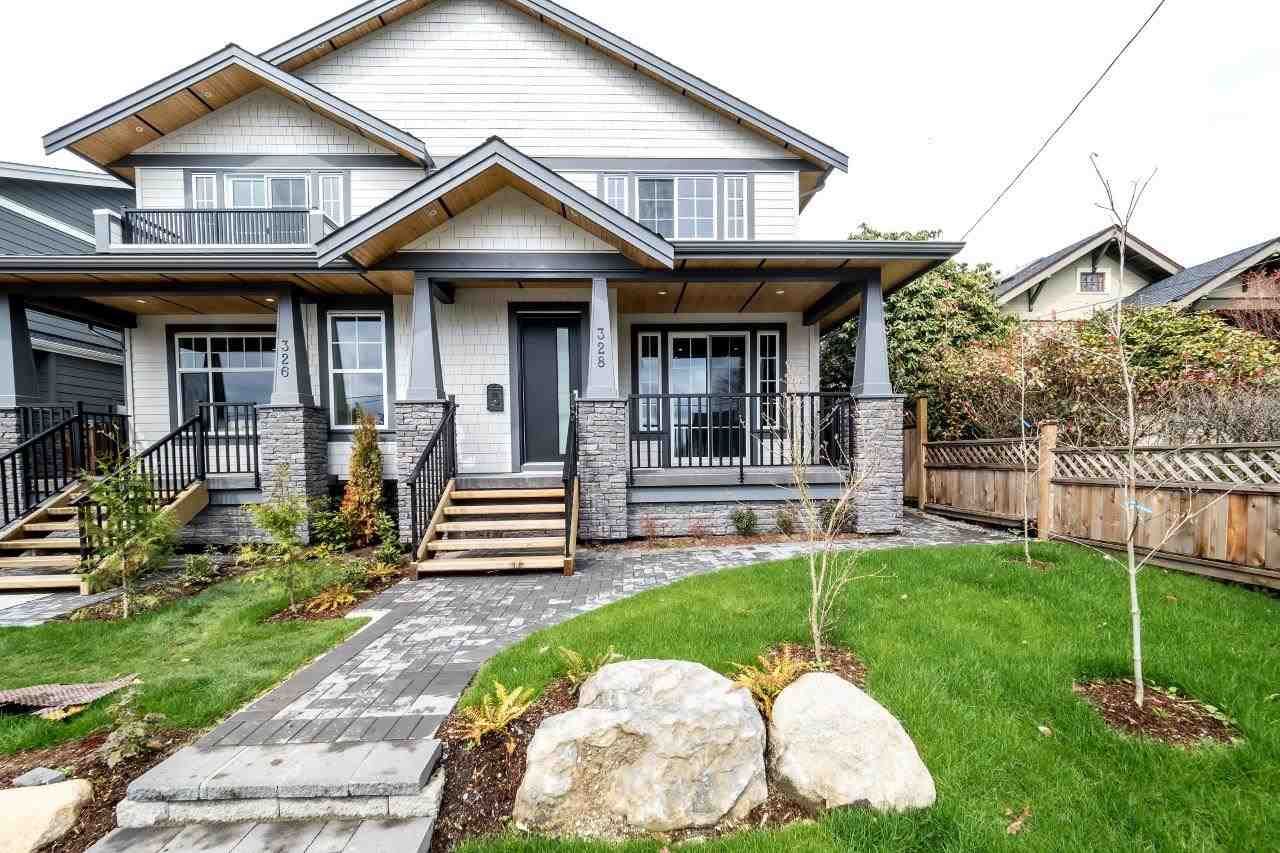 Main Photo: 328 E 9TH Street in North Vancouver: Central Lonsdale House 1/2 Duplex for sale : MLS(r) # R2154232