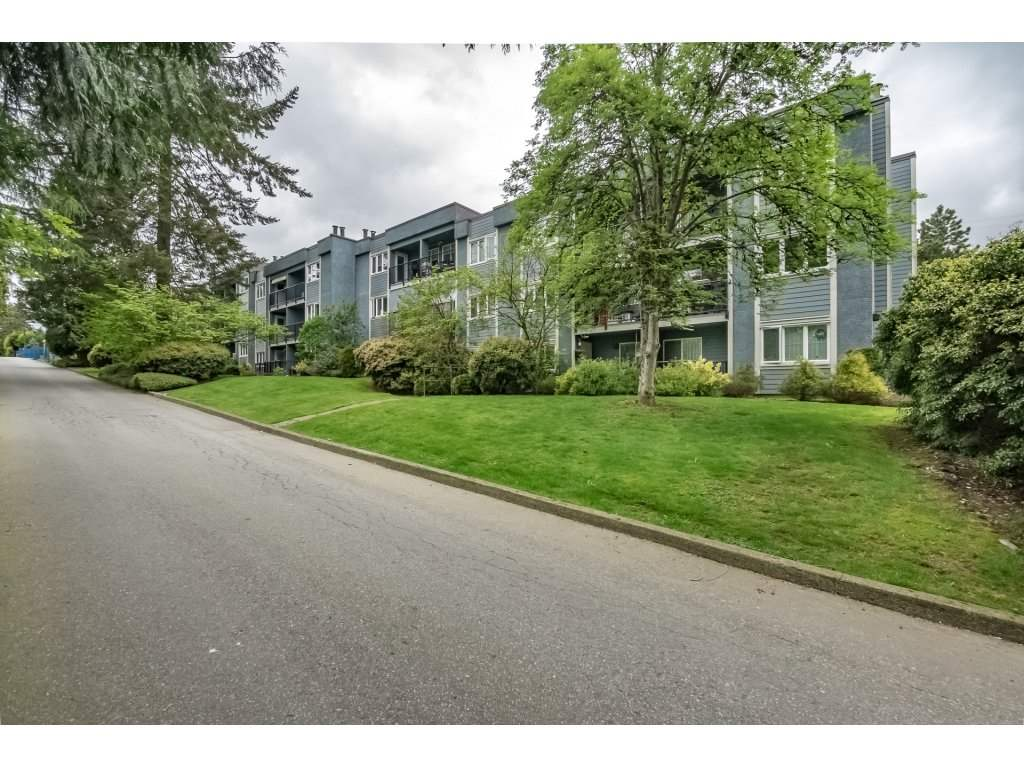 "Main Photo: 313 1122 KING ALBERT Avenue in Coquitlam: Central Coquitlam Condo for sale in ""KING ALBERT MANOR"" : MLS®# R2265002"