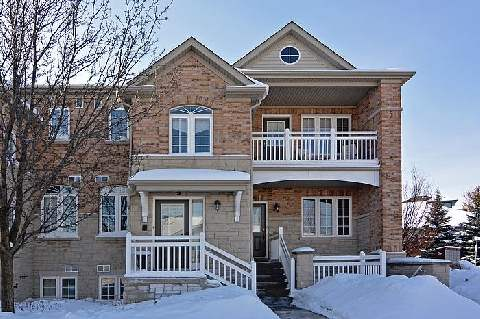 Main Photo: 3 520 Silken Laumann Drive in Newmarket: Stonehaven-Wyndham Condo for sale : MLS® # N2830648