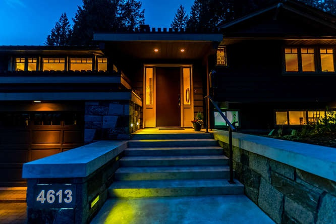 Main Photo: 4613 CAULFEILD Drive in West Vancouver: Caulfeild House for sale : MLS®# R2141710