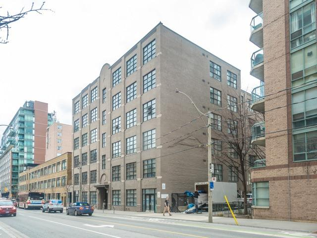Main Photo: 304 90 Sherbourne Street in Toronto: Moss Park Condo for sale (Toronto C08)  : MLS® # C3929990