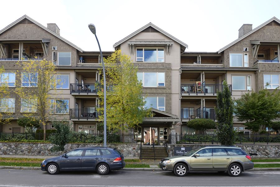 "Main Photo: 107 250 SALTER Street in New Westminster: Queensborough Condo for sale in ""Paddlers Landing"" : MLS®# R2082417"