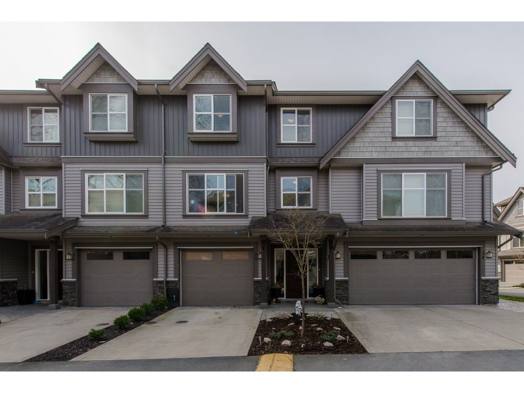 "Main Photo: 35 45085 WOLFE Road in Chilliwack: Chilliwack W Young-Well Townhouse for sale in ""Townsend Terrace"" : MLS®# R2147920"