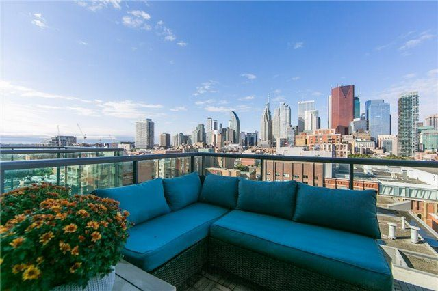 FEATURED LISTING: 1213 - 333 Adelaide Street East Toronto