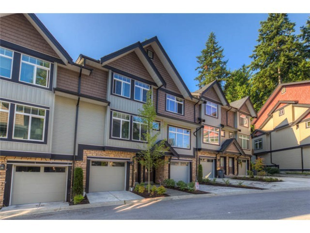 "Main Photo: 126 6299 144TH Street in Surrey: Sullivan Station Townhouse for sale in ""ALTURA"" : MLS® # F1429971"
