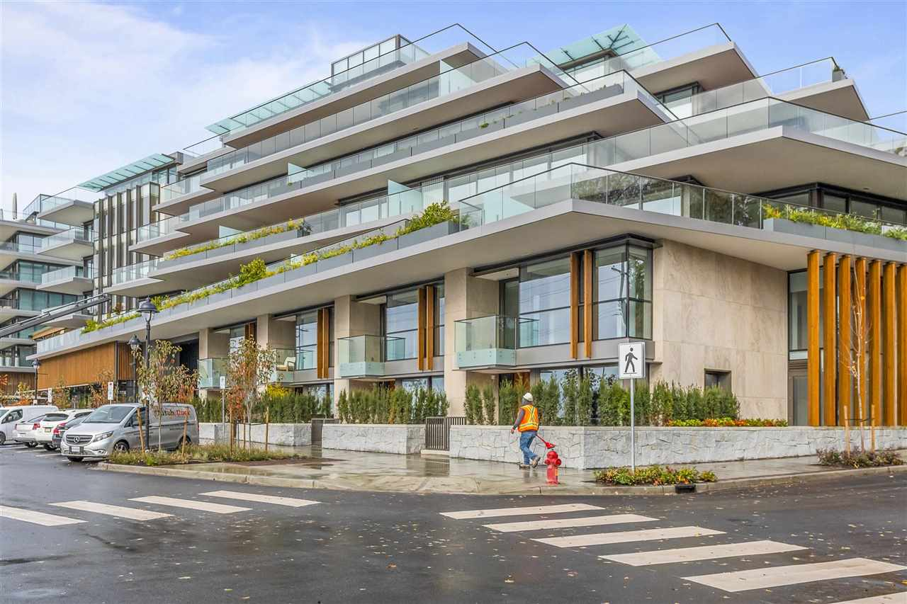 FEATURED LISTING: 502 - 1327 BELLEVUE Avenue West Vancouver