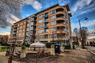 "Main Photo: 401 2655 CRANBERRY Drive in Vancouver: Kitsilano Condo for sale in ""NEW YORKER"" (Vancouver West)  : MLS® # R2141924"