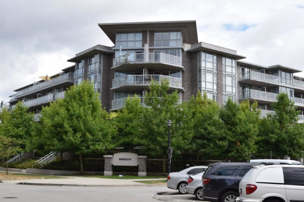 "Main Photo: 310 9371 HEMLOCK Drive in Richmond: McLennan North Condo for sale in ""MANDALAY"" : MLS® # R2196785"