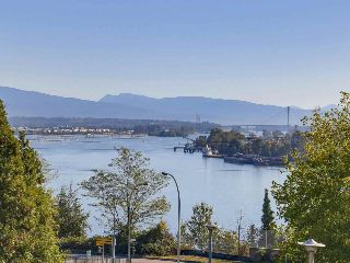 "Main Photo: 101 38 LEOPOLD Place in New Westminster: Downtown NW Condo for sale in ""EAGLECREST"" : MLS® # R2211476"