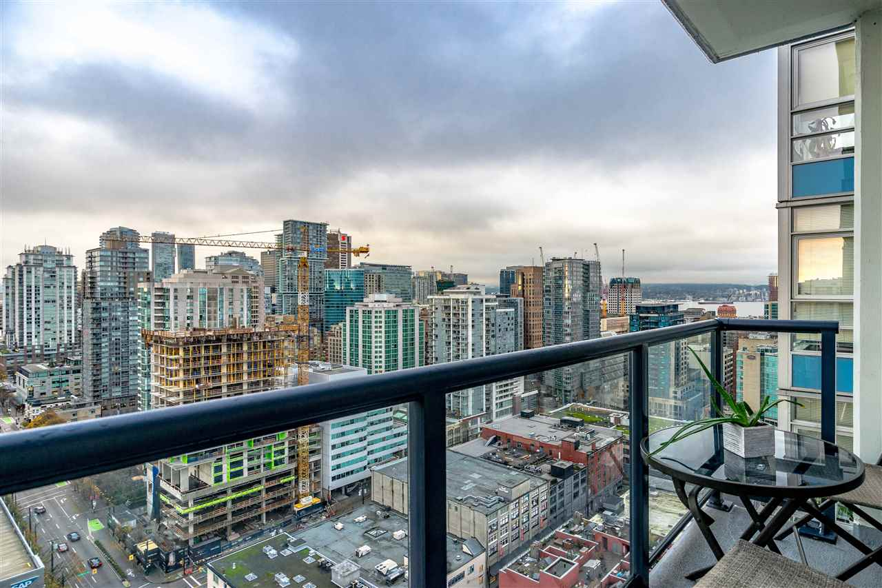 FEATURED LISTING: 3507 928 BEATTY Street Vancouver