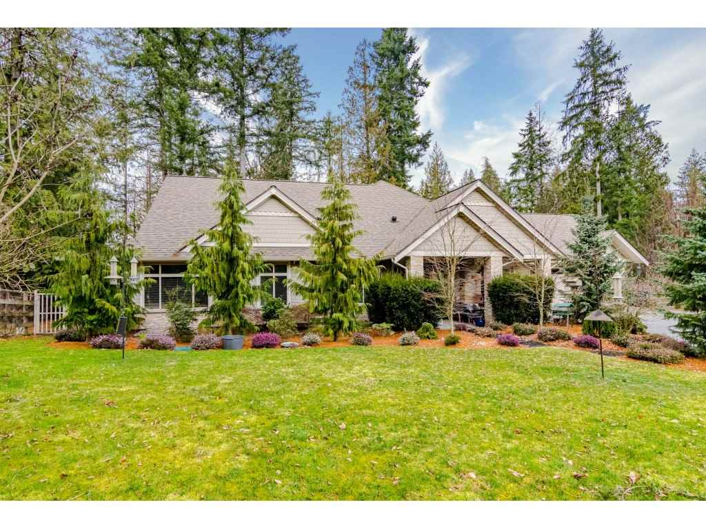 FEATURED LISTING: 20932 36 Avenue Langley