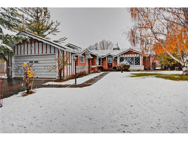 Main Photo: 1240 CROSS Crescent SW in Calgary: Chinook Park House for sale : MLS® # C4087966