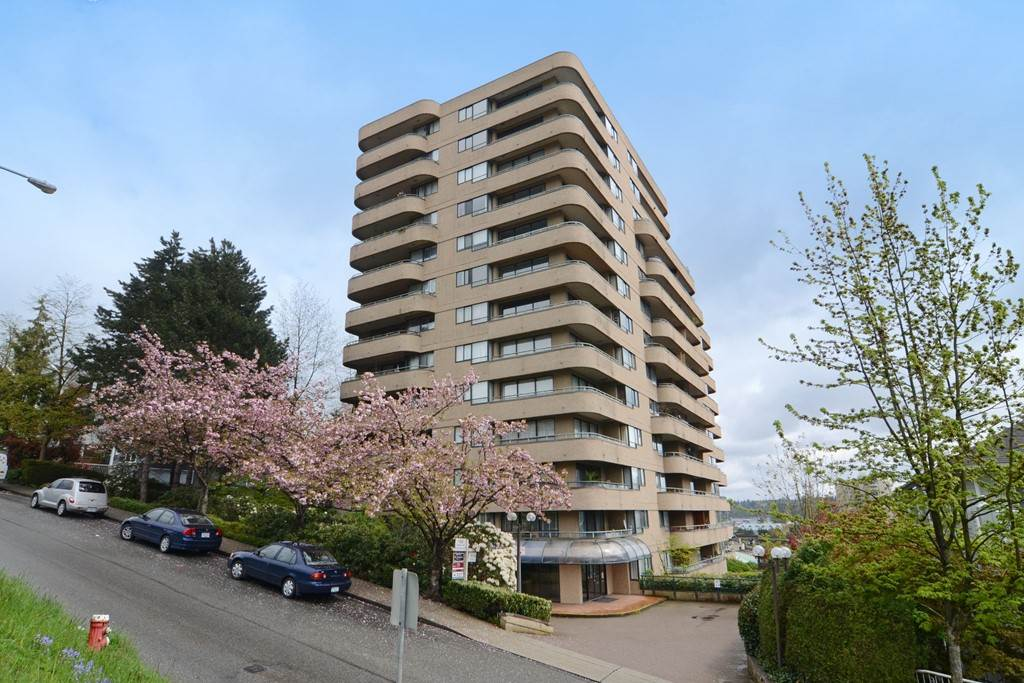 "Main Photo: 507 1026 QUEENS Avenue in New Westminster: Uptown NW Condo for sale in ""Amara Terrace"" : MLS®# R2161612"