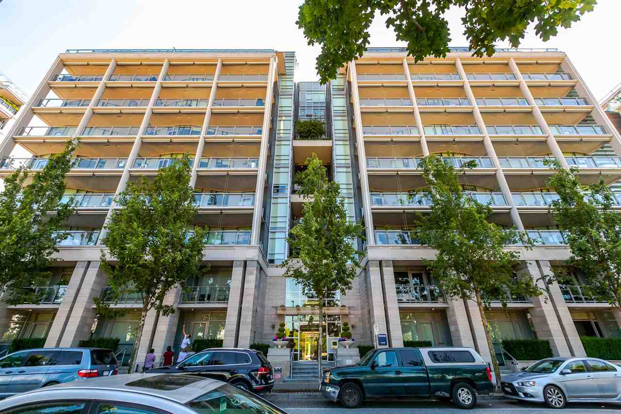 Main Photo: 807 1616 COLUMBIA STREET in Vancouver: False Creek Townhouse for sale (Vancouver West)  : MLS®# R2189514