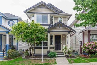 "Main Photo: 20611 87 Avenue in Langley: Walnut Grove House for sale in ""Discovery Twon"" : MLS®# R2269614"