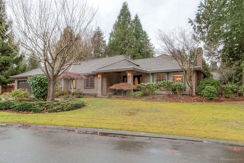 FEATURED LISTING: 3060 NORTHCREST Drive Surrey