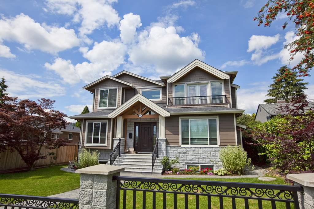 FEATURED LISTING: 9835 SULLIVAN Street Burnaby