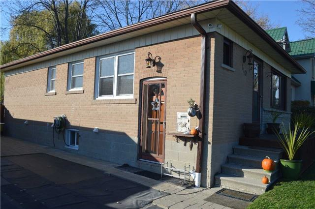 Main Photo: Bsmt 110 Kitchener Road in Toronto: West Hill House (Bungalow) for lease (Toronto E10)  : MLS®# E3666186