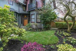 Main Photo: 126 W 10TH Avenue in Vancouver: Mount Pleasant VW Townhouse for sale (Vancouver West)  : MLS®# R2278631