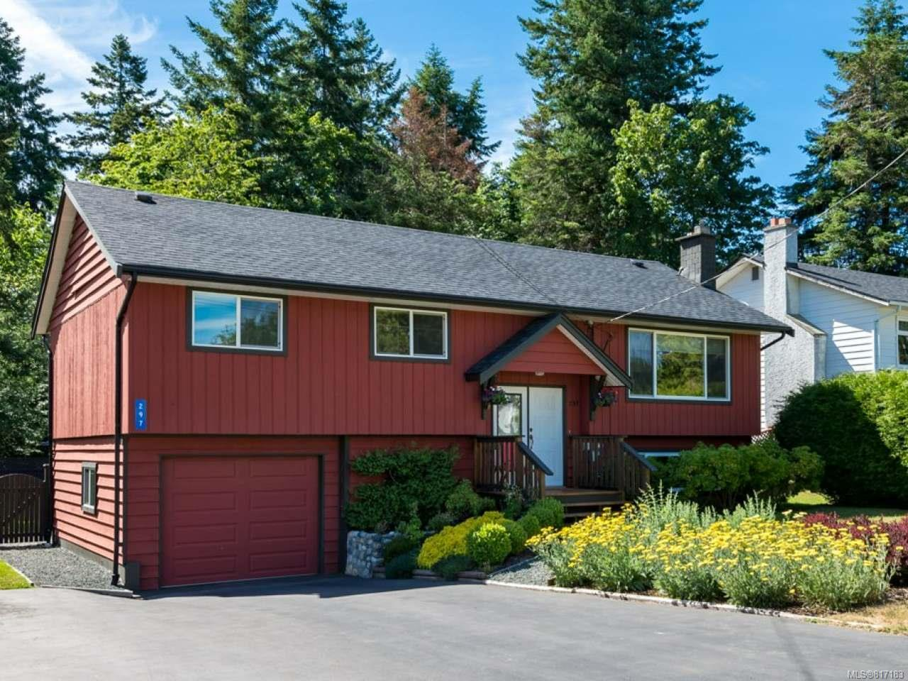 FEATURED LISTING: 297 Quadra Pl COMOX