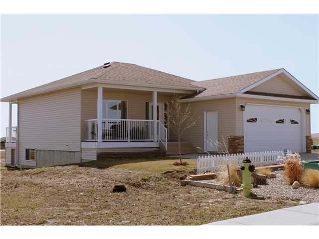 Main Photo: 2020 31st Avenue: Nanton Residential Detached Single Family for sale : MLS® # C3614315