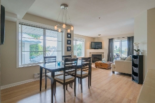 "Main Photo: 314 11519 BURNETT Street in Maple Ridge: East Central Condo for sale in ""STANFORD GARDENS"" : MLS® # R2186842"