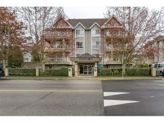 "Main Photo: 109 5568 201A Street in Langley: Langley City Condo for sale in ""MICHAUD GARDENS"" : MLS®# R2253450"