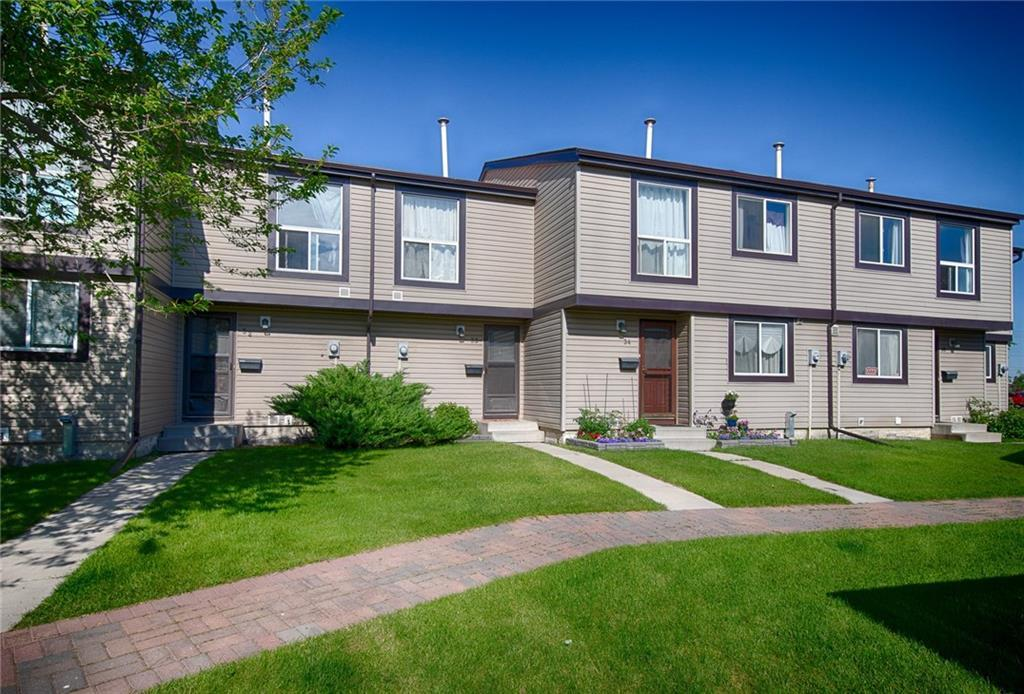 FEATURED LISTING: 33 - 3029 RUNDLESON Road Northeast Calgary