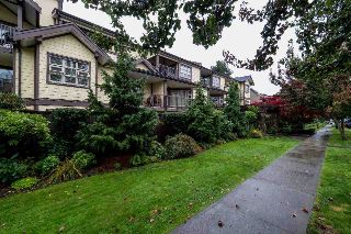 Main Photo: 210 235 W 4TH Street in North Vancouver: Lower Lonsdale Condo for sale : MLS® # R2214596