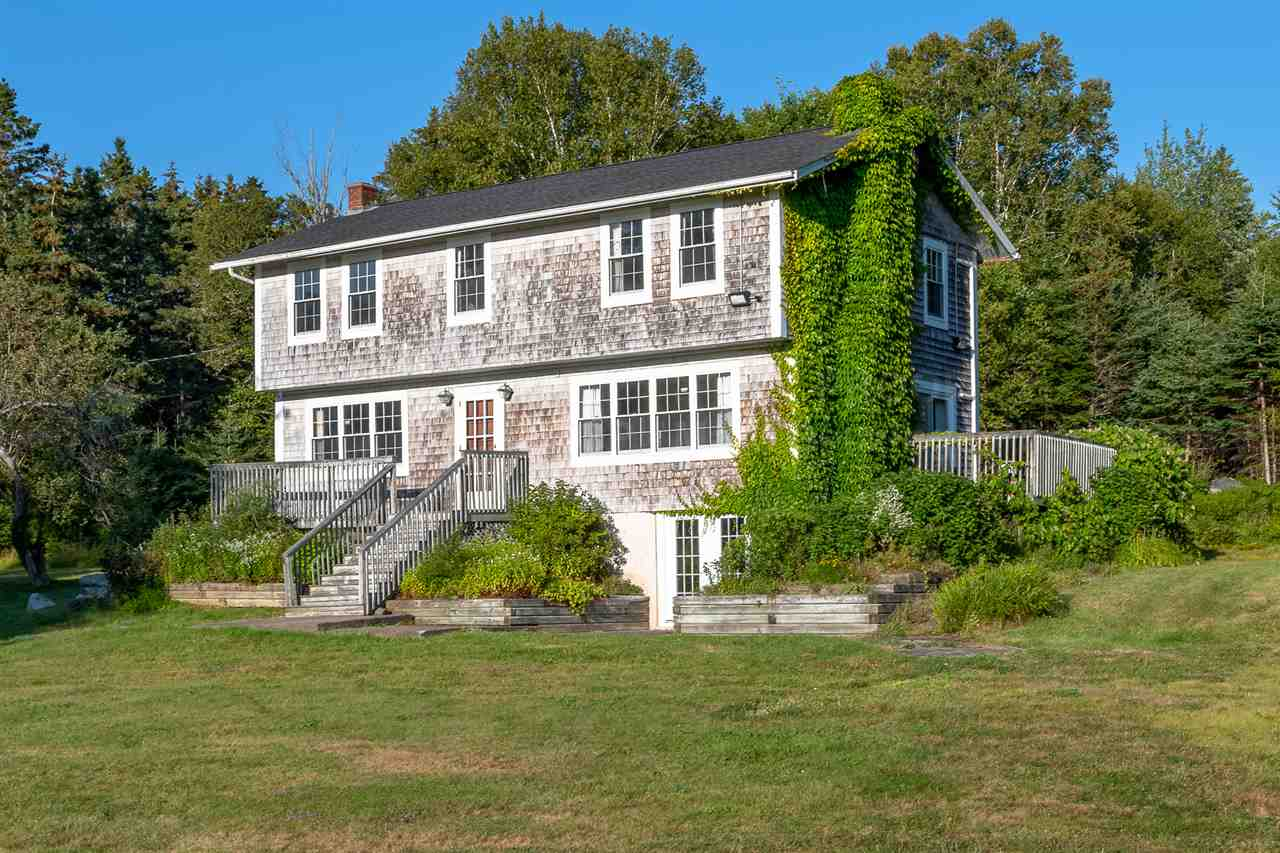 FEATURED LISTING: 63 Old Halifax Road Glen Haven