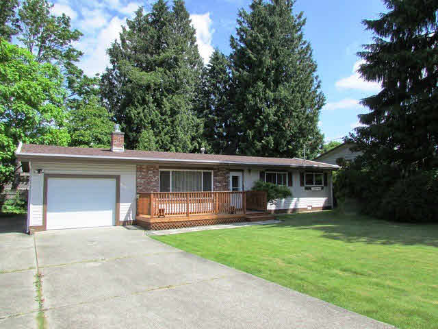 Main Photo: 26655 32ND AVENUE in : Aldergrove Langley House for sale : MLS®# F1414600