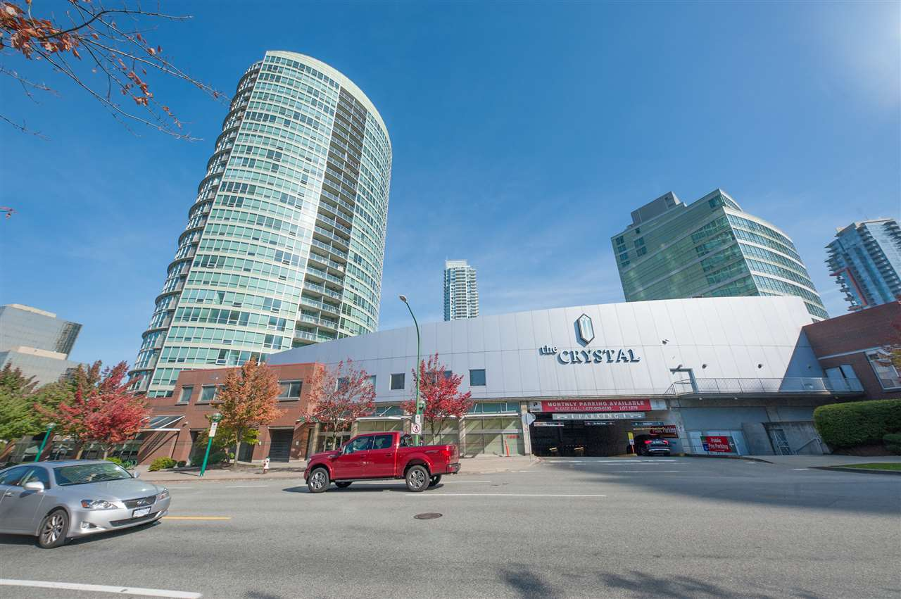 "Main Photo: 1702 6088 WILLINGDON Avenue in Burnaby: Metrotown Condo for sale in ""Residence at the Crystal"" (Burnaby South)  : MLS®# R2309502"