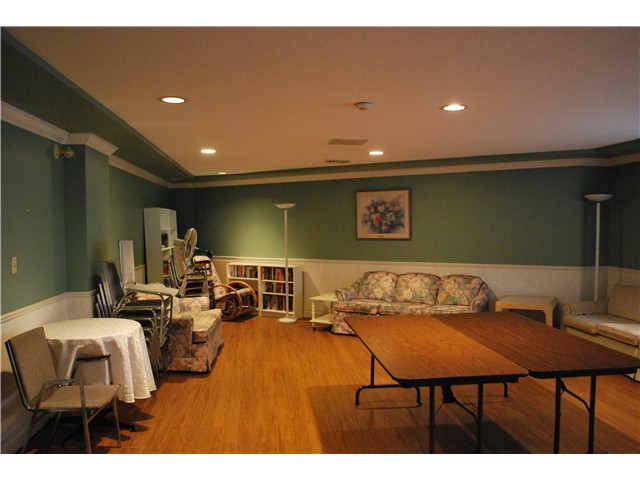 "Photo 16: 305 8600 LANSDOWNE Road in Richmond: Brighouse Condo for sale in ""TIFFANY GARDENS"" : MLS® # V1051180"
