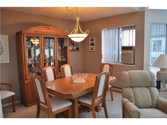 "Photo 6: 305 8600 LANSDOWNE Road in Richmond: Brighouse Condo for sale in ""TIFFANY GARDENS"" : MLS® # V1051180"