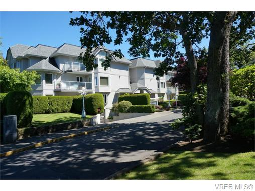 Main Photo: 102 1477 Yale Street in VICTORIA: OB South Oak Bay Condo Apartment for sale (Oak Bay)  : MLS® # 371844