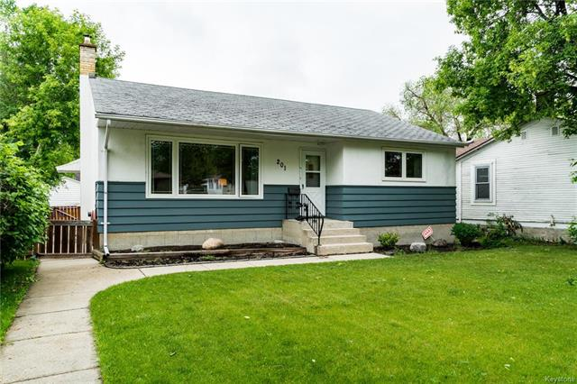 Main Photo: 201 Poplarwood Avenue in Winnipeg: St Vital Residential for sale (2D)  : MLS®# 1816025