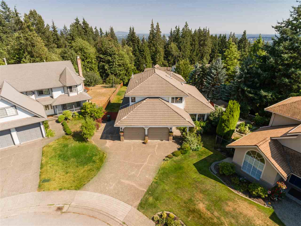 FEATURED LISTING: 2620 UPLANDS Court Coquitlam