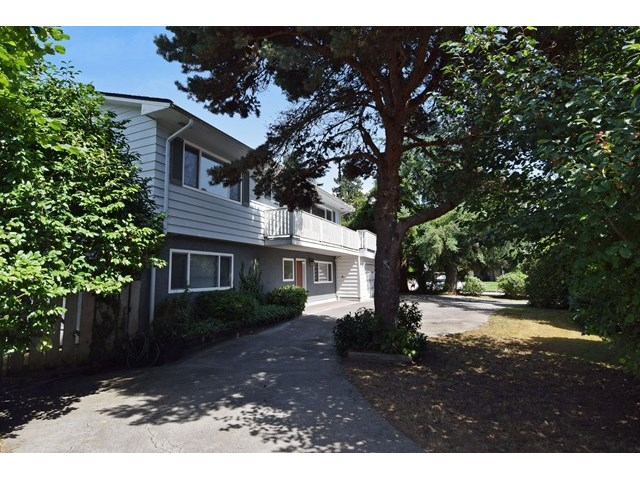 FEATURED LISTING: 1311 LARKSPUR Drive Port Coquitlam