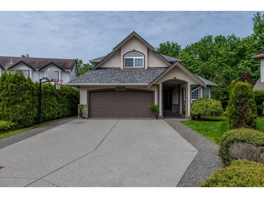 FEATURED LISTING: 35037 KOOTENAY Drive Abbotsford
