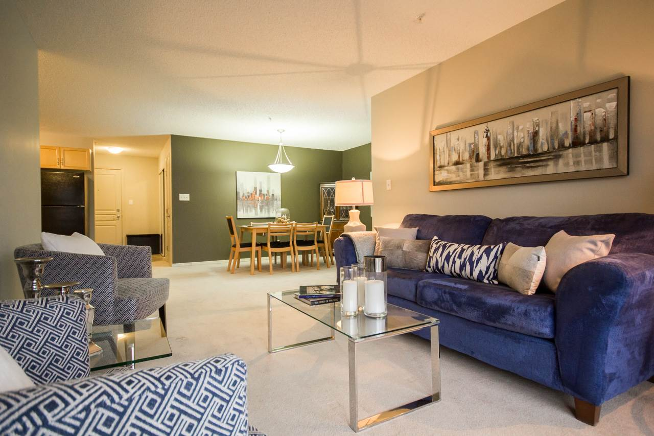 Main Photo: 311 309 CLAREVIEW STATION Drive in Edmonton: Zone 35 Condo for sale : MLS® # E4082060
