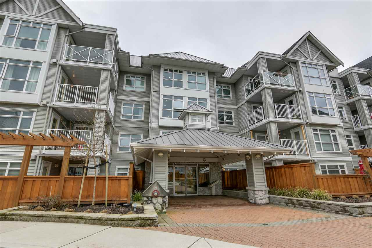 "Main Photo: 304 3136 ST JOHNS Street in Port Moody: Port Moody Centre Condo for sale in ""Sonrisa"" : MLS®# R2249266"