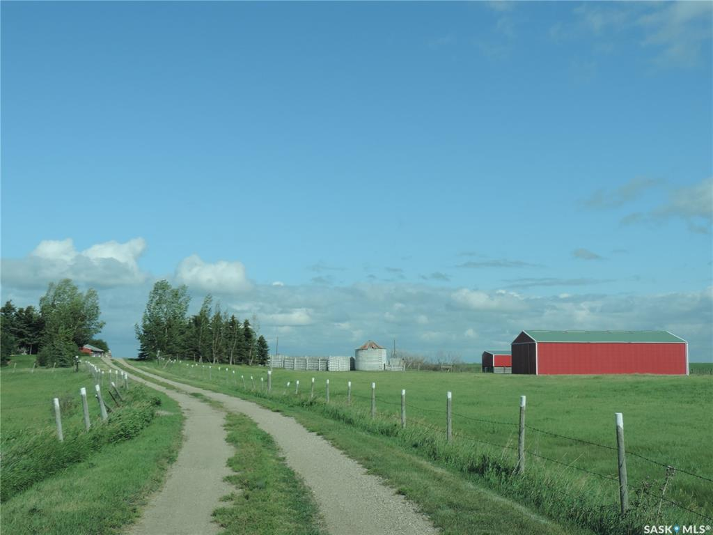 FEATURED LISTING: Albus Acreage Dufferin